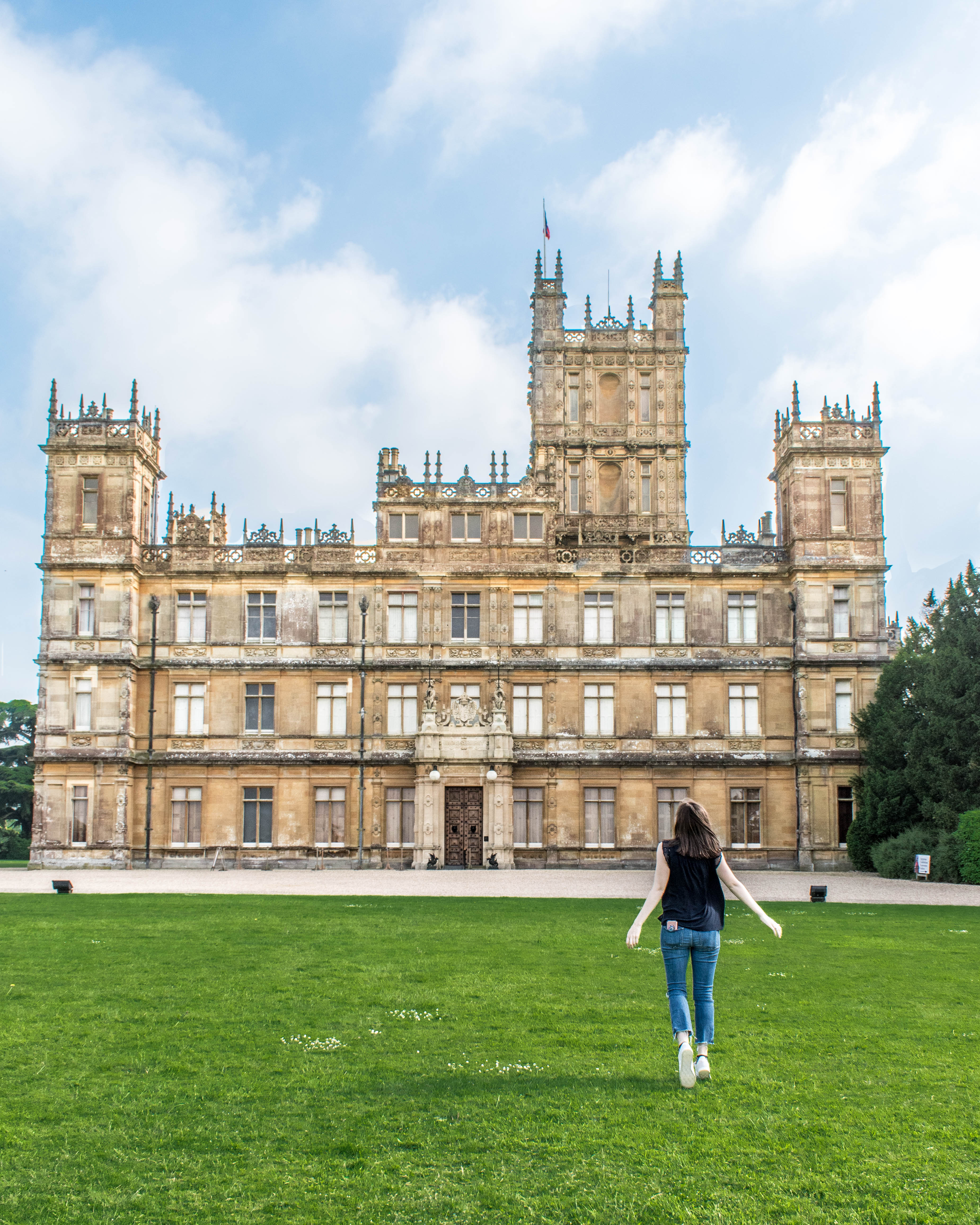 How To Visit Highclere Castle Aka Downton Abbey
