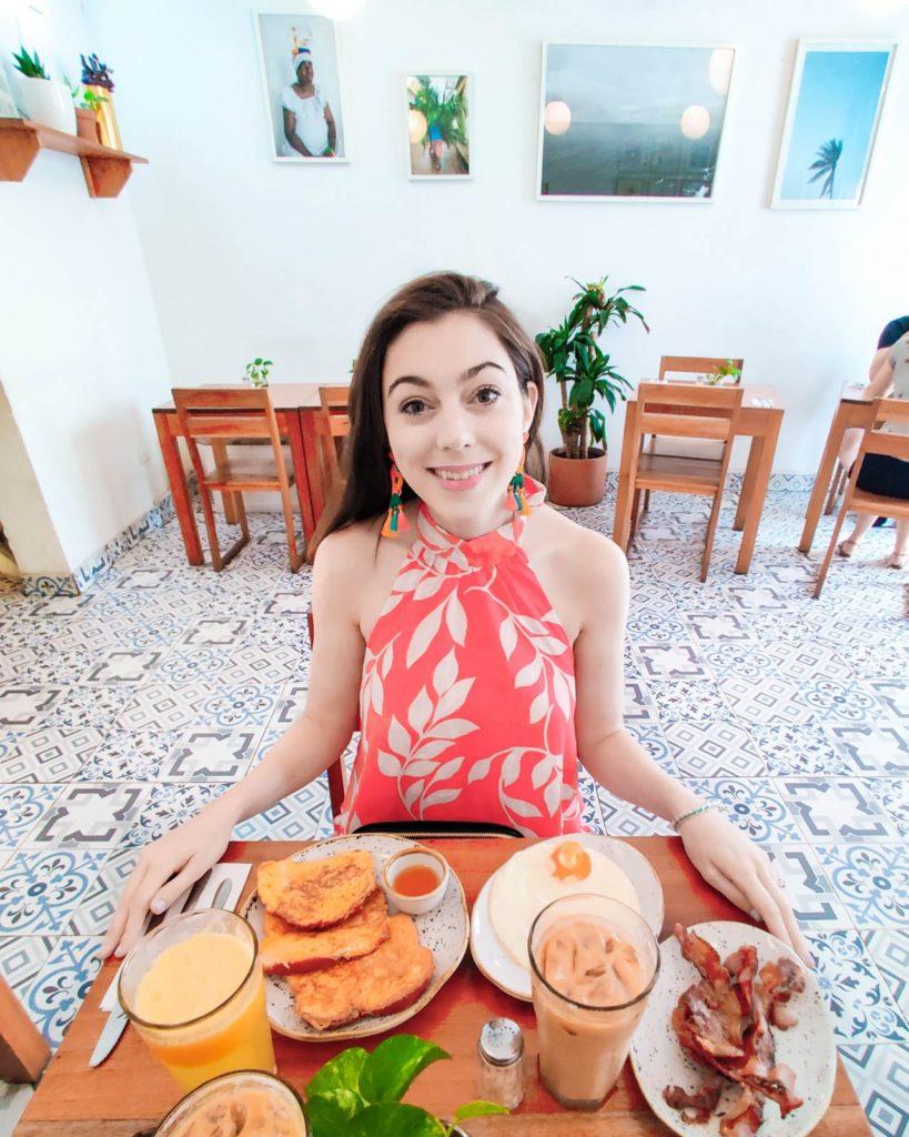 Breakfast at Café de la Mañana, Cartagena Colombia