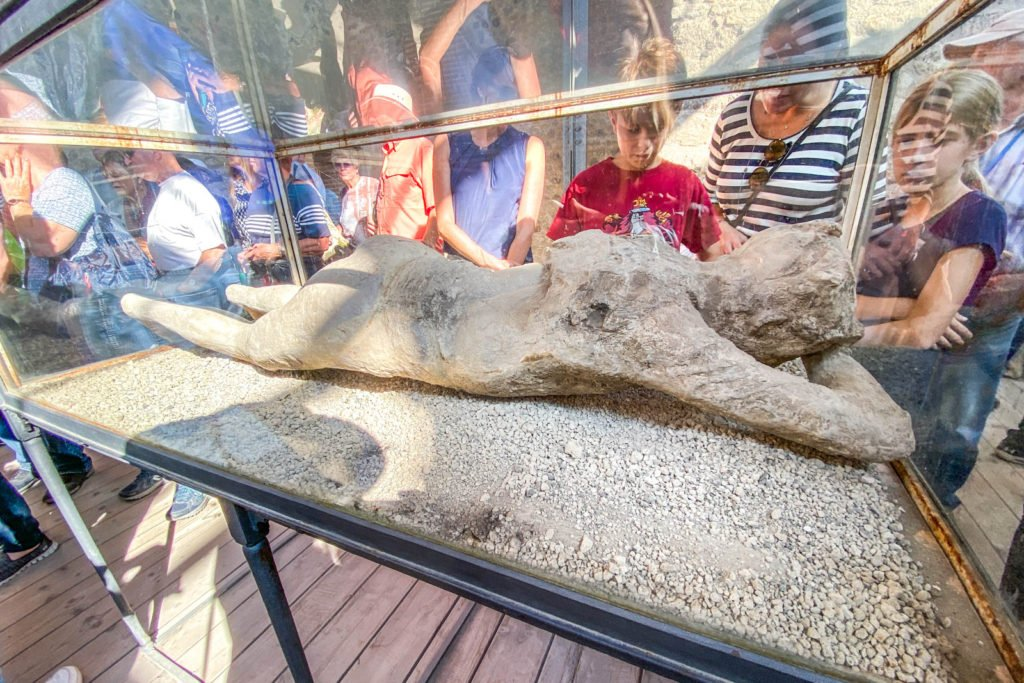 Plaster cast of female Pompeii victim