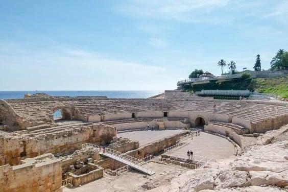 Tarragona amphitheater roman ruins