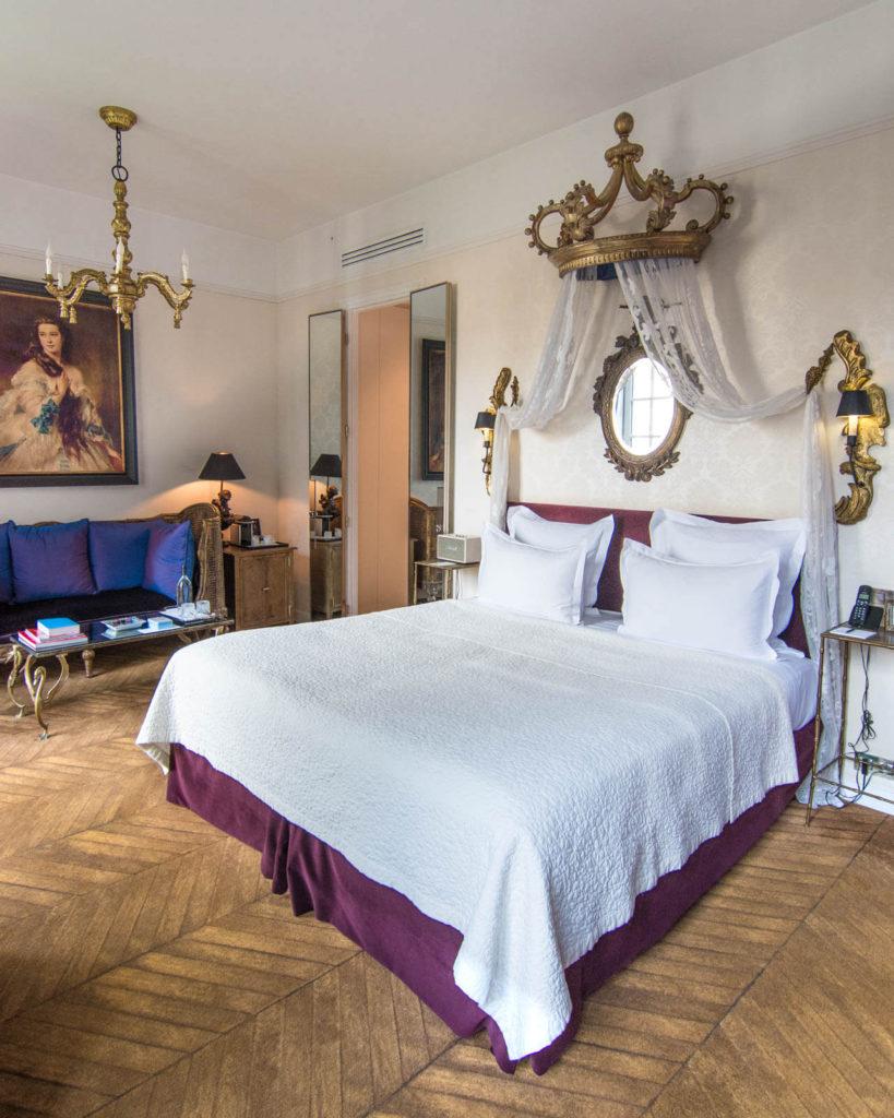Empress Sisi room at the Saint James Paris