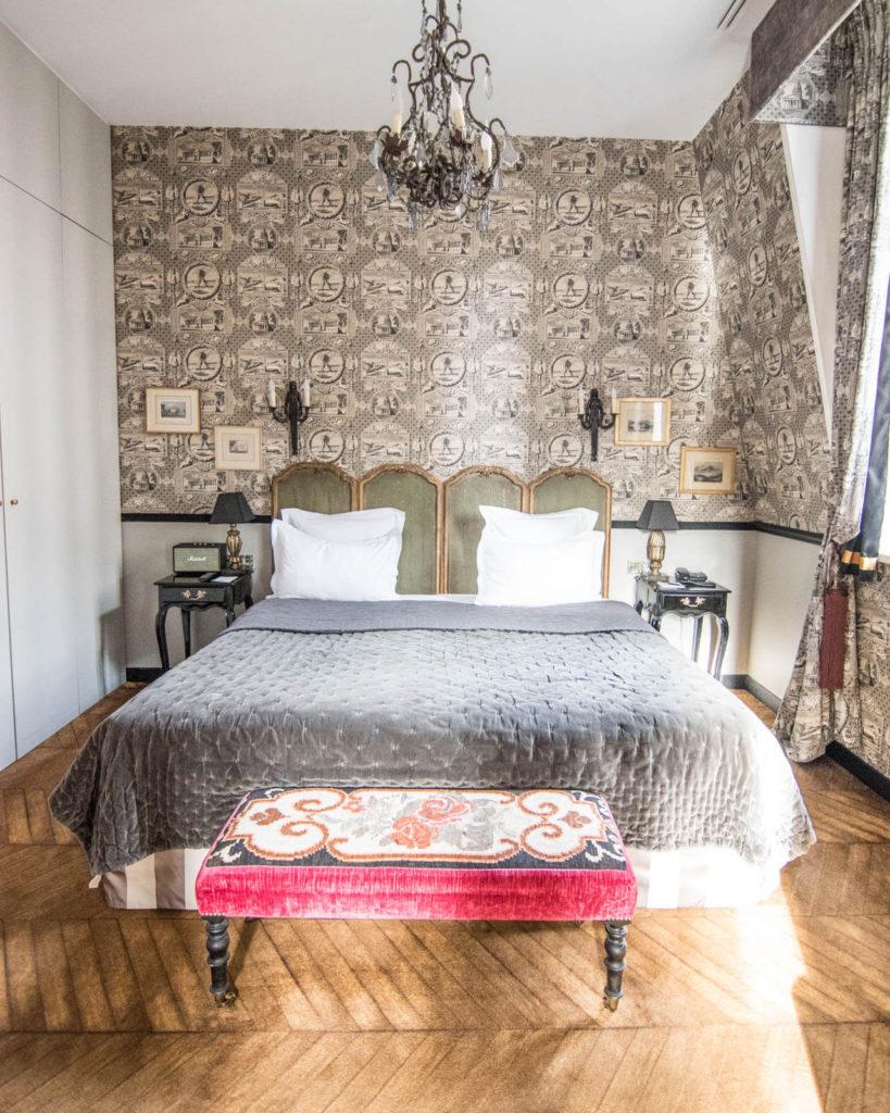 Guest room at the Saint James Paris