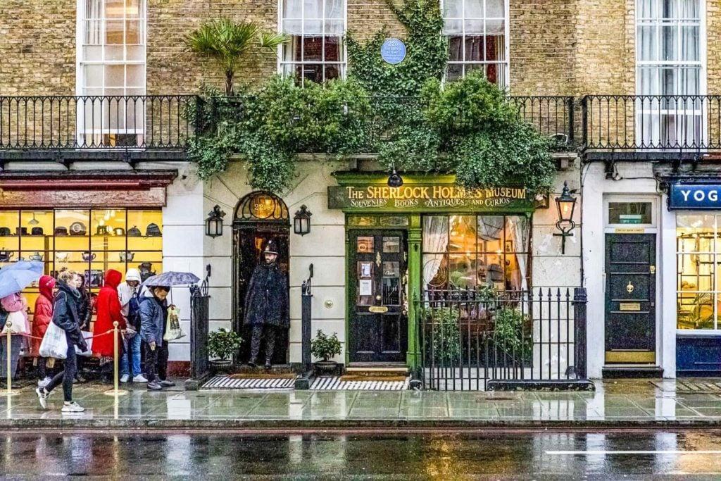 The façade of the Sherlock Holmes Museum on Baker Street