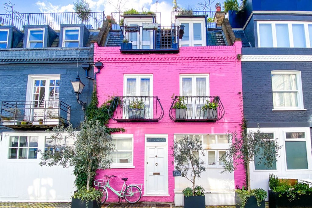 Pink house from Love Actually in Notting Hill