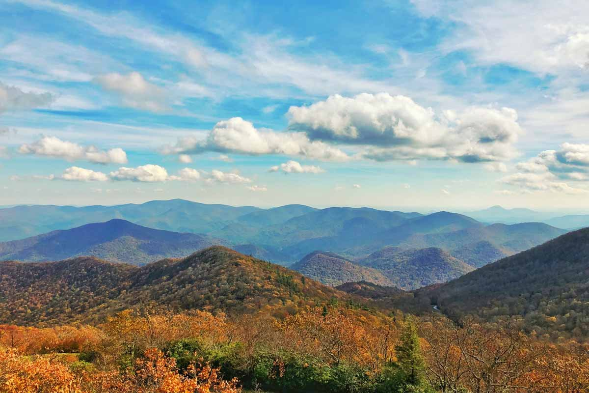 View from Brasstown Bald, showing mountains with fall foliage