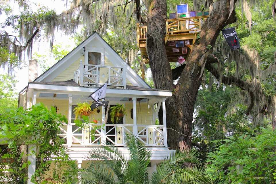 Diamond Oaks Treehouse in Savannah, GA
