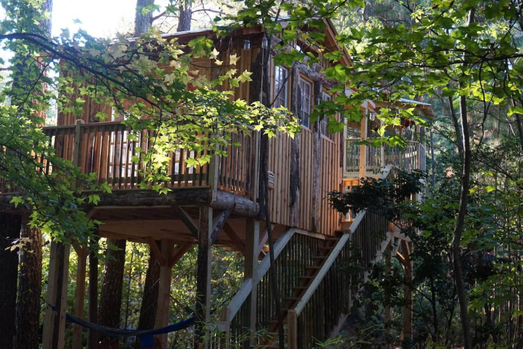 Treasure Hunt Tree House in Kennesaw, GA
