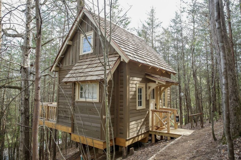 Sophie's Roost treehouse in Candlelight Forest