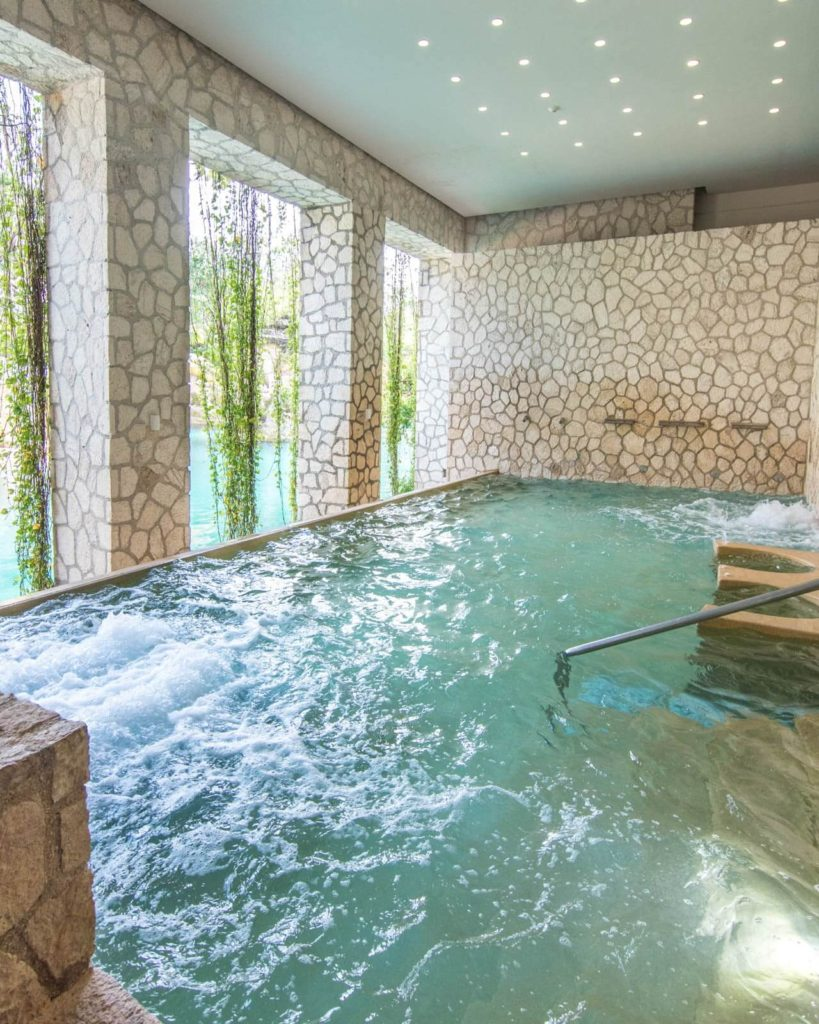 The pool for hydrotherapy at Muluk Spa in Hotel Xcaret Mexico