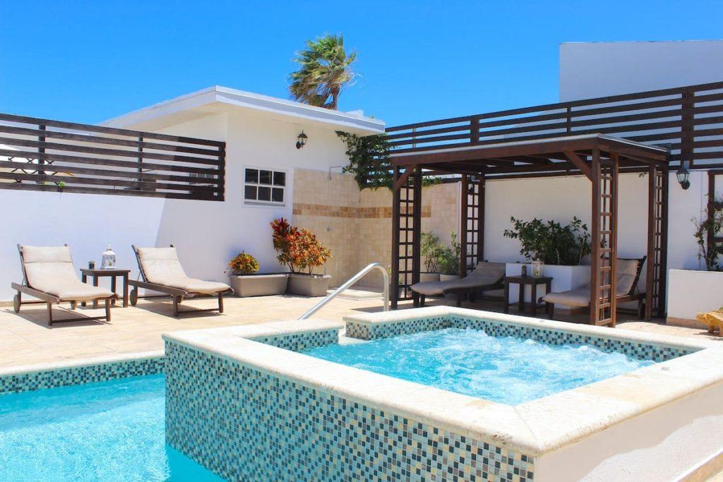 ARUBA LAGUNITA~Deluxe APT1~5 min walk Palm Beach via Airbnb.com