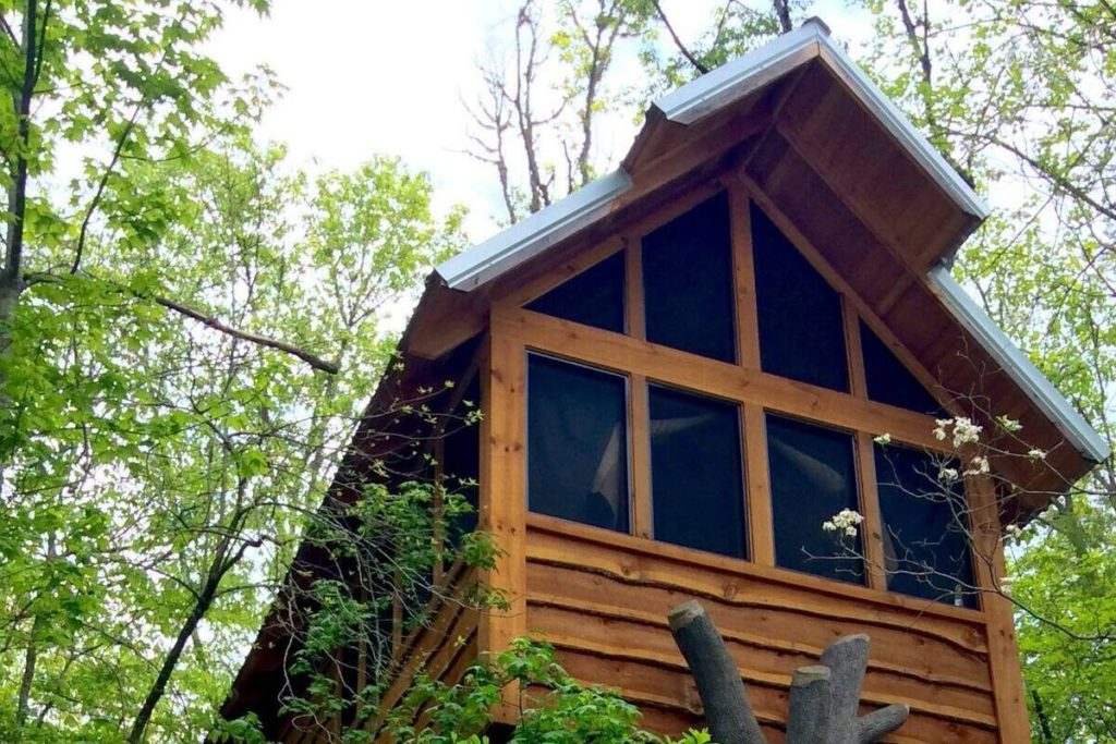 View of the outside of the Gatlinburg Luxury Tree House