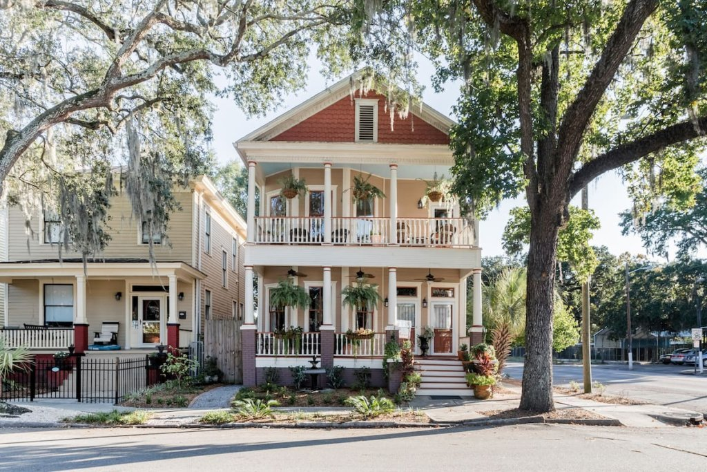 Photo of the front façade of Historic Thomas Streetcar Victorian listing on Airbnb