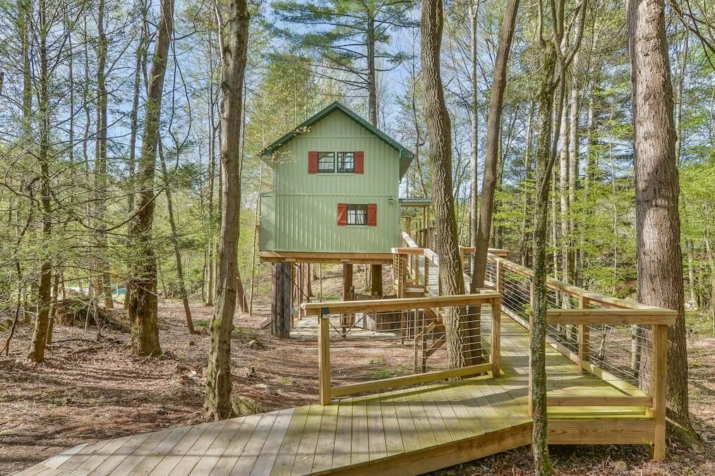 A view of Upper Stone Mountain Treehouse in Unicoi, TN