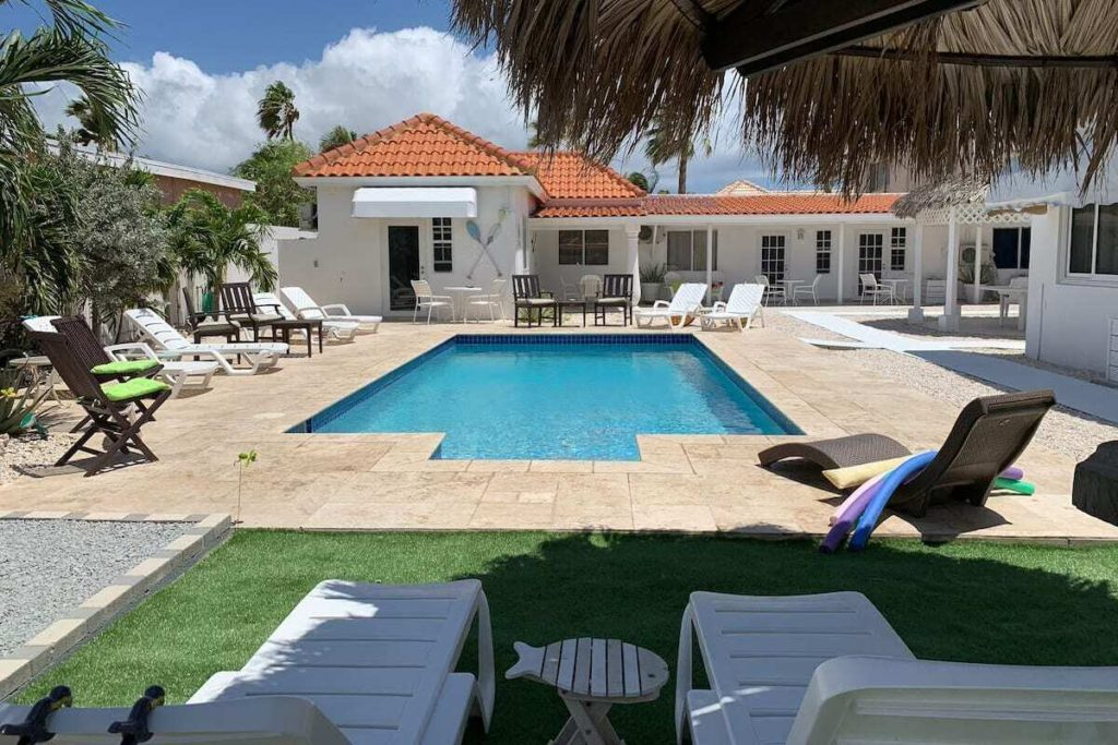 TU CASITA (FLAVIA KING) via Airbnb.com