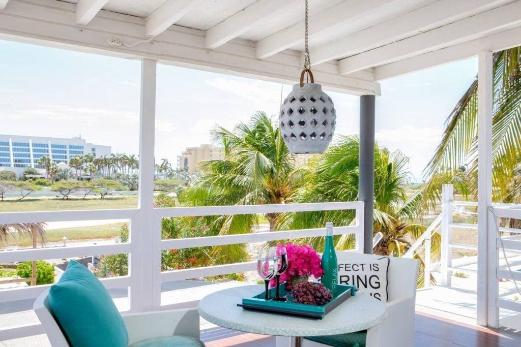 Penthouse Suite Modern Hotel-Honeymooner Paradise via Airbnb.com