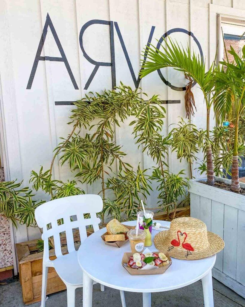 Table at ARVO with breakfast toast